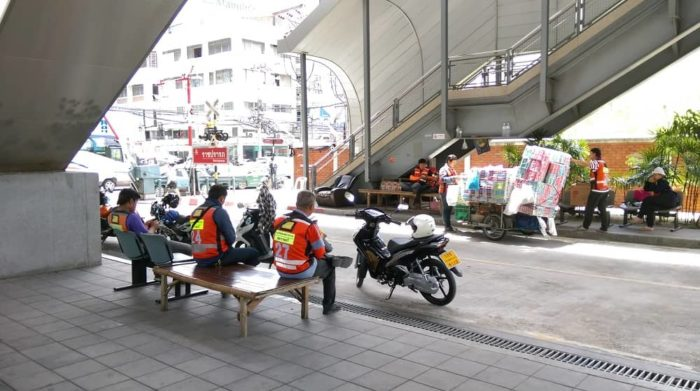 motorcycle taxi (2)