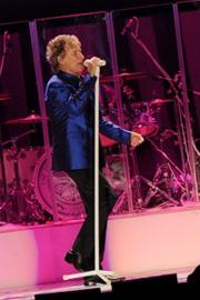 Rod Stewart Live