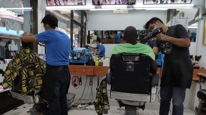local barber in Bangkok